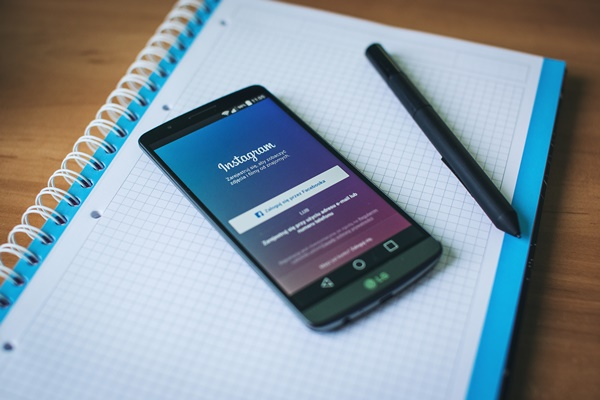 marketing mobile et réseaux sociaux