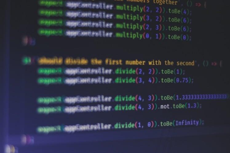 codes couleurs sur un ecran d ordinateur