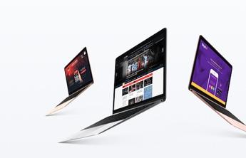 3 pc portables affichant differents site-web
